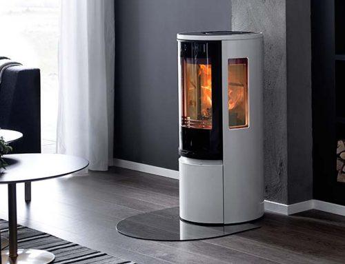 Elsket brændeovnsdesign, med endnu smartere indre